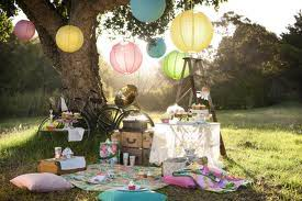Picnic with Lanterns