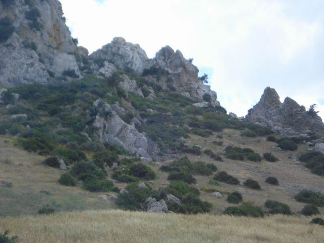 Rocky Peaks en Route to Chefchaouen